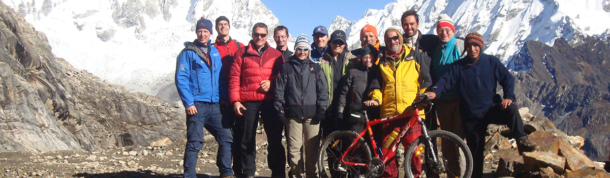 Peru Expeditions Tours: Mountainbike Extreme-Cordillera Huayhuash Yerupaja-Circuit. One of the most spectacular tours on 2 wheels